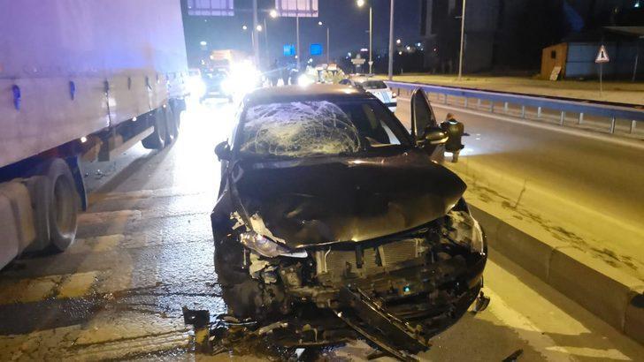 Korkunç kaza! Otomobilin çarptığı motosikletlinin bacağı koptu