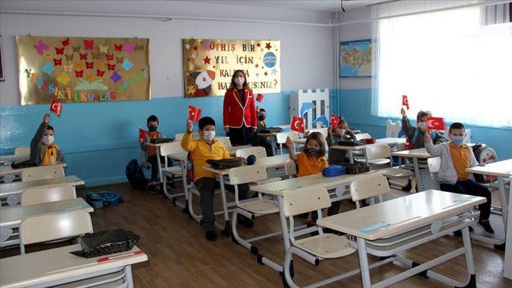 Son Dakika: Sivas Suşehri'nde yüz yüze eğitim kararı! Tüm okullar açılıyor