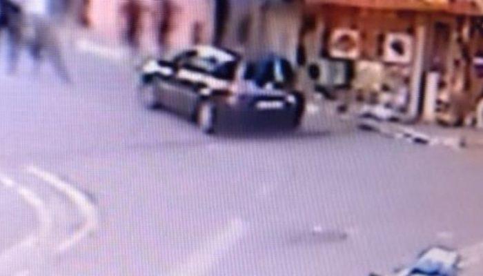 İstanbul Eyüp'te silahlı kavga! Dehşet anları güvenlik kamerasına yansıdı