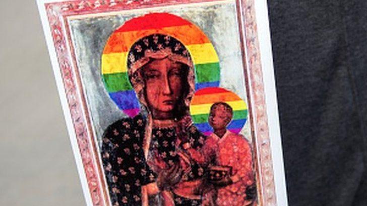 Polonya'da Meryem Ana'yı LGBTİ sembolüyle tasvir eden aktivistler beraat etti
