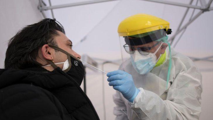 Covid: İtalya'da İngiltere varyantı en yaygın tür haline geldi, önlemler sıkılaştırılıyor