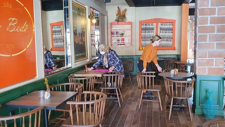 Kafeler ve Restoranlar Borç ve Belirsizliklerle Açıldı