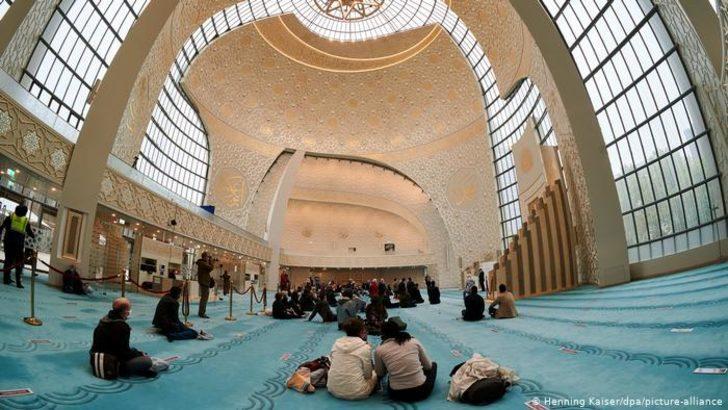 Almanya İslamcılıkla mücadele yasası planlıyor mu?
