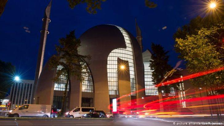 Almanya'da camilerde siyasi etkinlik yasaklanacak mı?
