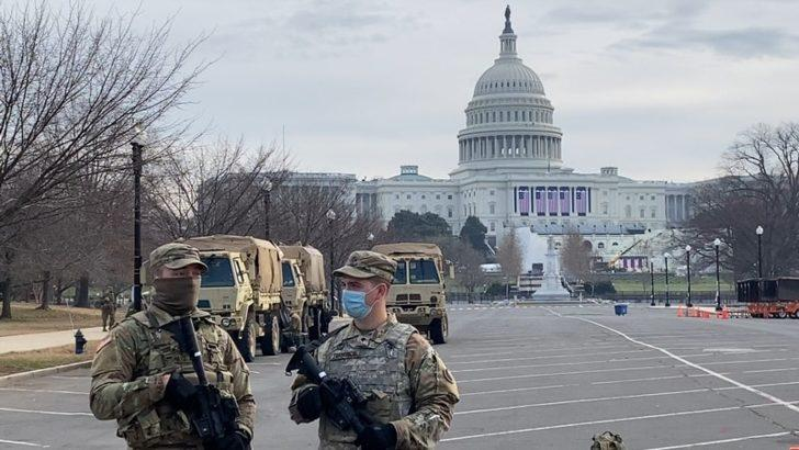 """""""Ulusal Muhafızlar Kongre'den Ayrılmasın"""""""