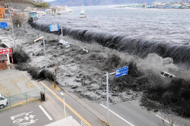 Japonya'da 10 yıl önceki depremde kaybolan kişinin ceset kalıntıları kıyıya vurdu