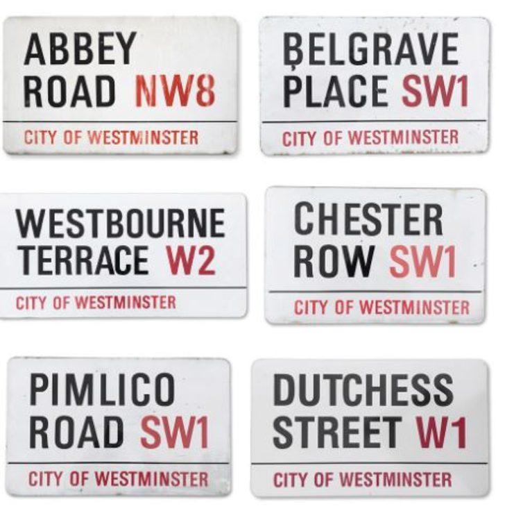 Londra'daki Abbey Road caddesine ait tabela 386 bin TL'ye satıldı