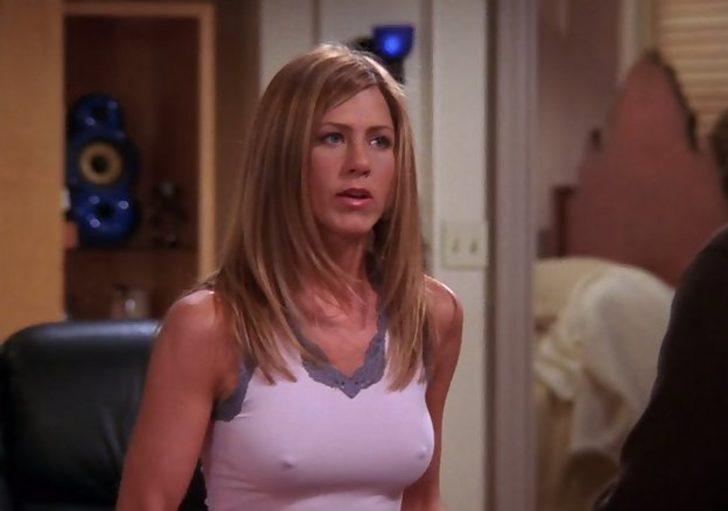 Sete sutyensiz giden Jennifer Aniston öyle bir fotoğraf paylaştı ki...