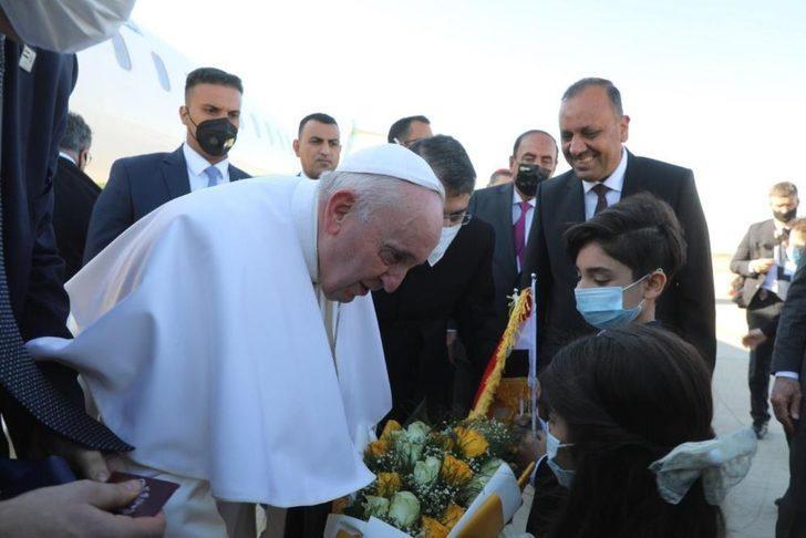 Papa Irak'ta! Şiilerin en büyük dini mercii Sistani ile bir araya geldi