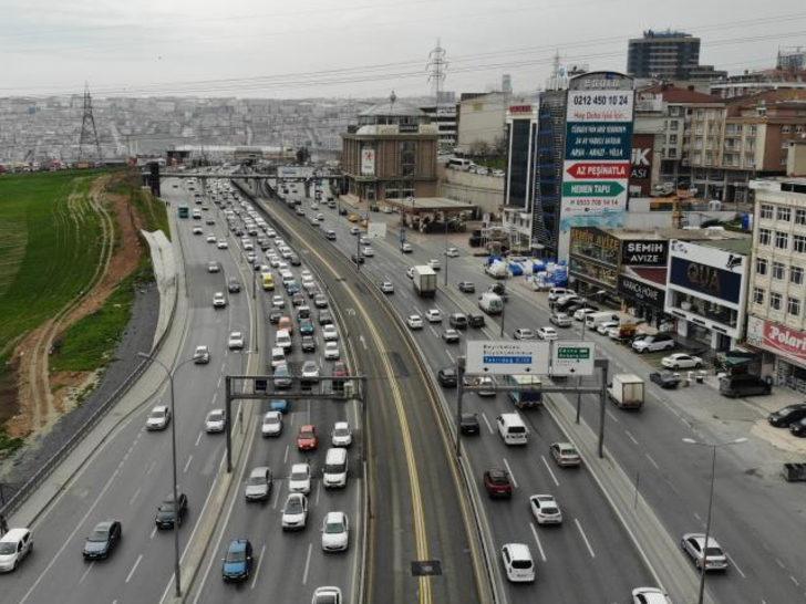 İstanbul'da kısıtlamasız ilk Cumartesi! Trafik yoğunluğu oluştu