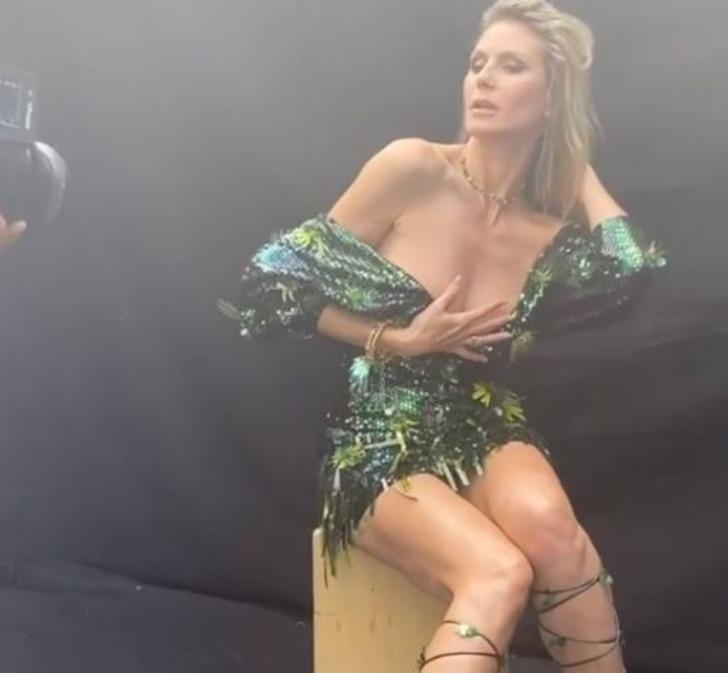 Heidi Klum kitap tanıtımı yaparsa... Herkes göğüslerine baktı