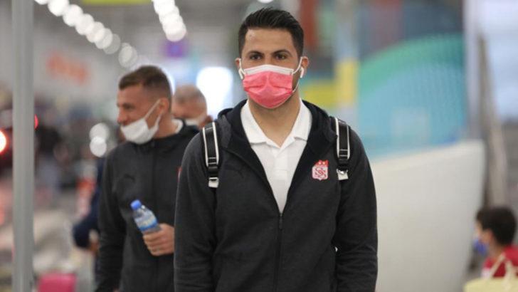 Sivasspor, kaleci Ali Şaşal Vural'ın sözleşmesini uzattı
