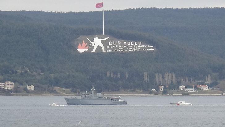 Yunanistan mayın tarama gemisi, Çanakkale Boğazı'ndan geçti