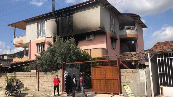 Hatay'da acı olay: Evde çıkan yangında ikiz kardeşler can verdi, anne ve oğlu hastanede