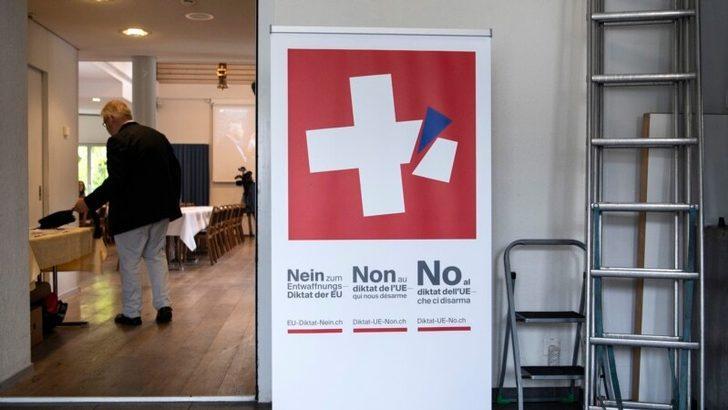 İsviçre'de Yüzü Kapayan Kıyafetler Yasaklandı