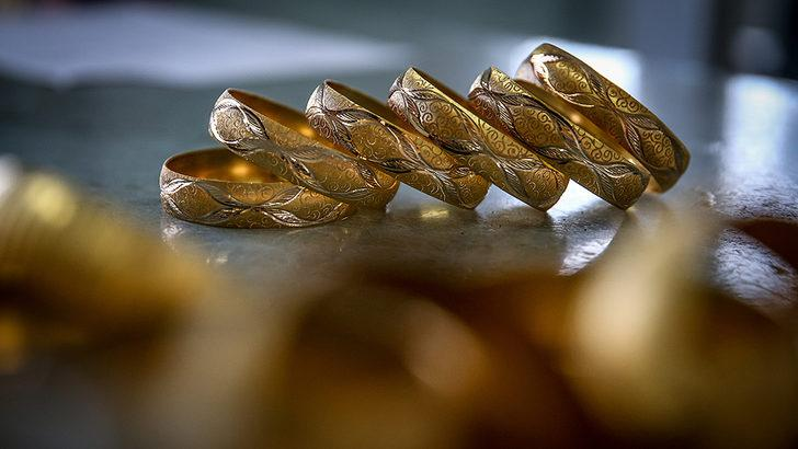 23 Eylül 22 ayar altın bilezik fiyatları ne kadar oldu? 23 Eylül 2021 Perşembe 14,18 ve 22 ayar bilezik ve altın fiyatları...