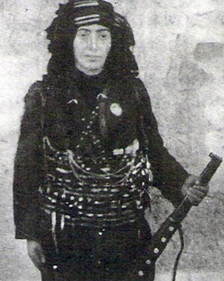 Kurtuluş Savaşı'nda milli mücadelenin sembolü bir kadın üsteğmen: Kara Fatma