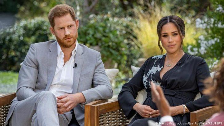 """Harry ve Meghan'dan Kraliyet ailesine """"ırkçılık"""" suçlaması"""