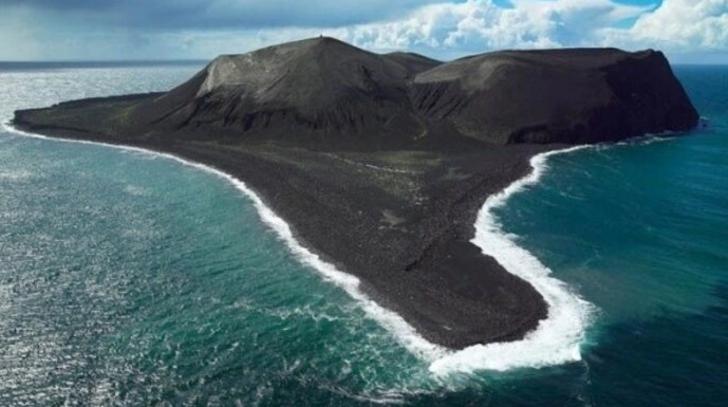 Sadece birkaç günde oluşan ve 1963'ten beri girişlerin yasaklı olduğu bir yer: Surtsey Adası