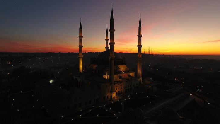 İstanbul'da sahur kaçta? İstanbul imsak vakti kaçta? İşte sahur saatleri
