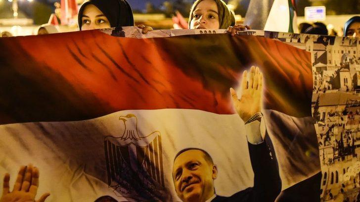 Bloomberg yazarı: Pragmatizm, Türkiye ile Mısır'ın buzları eritmesini sağlayabilir
