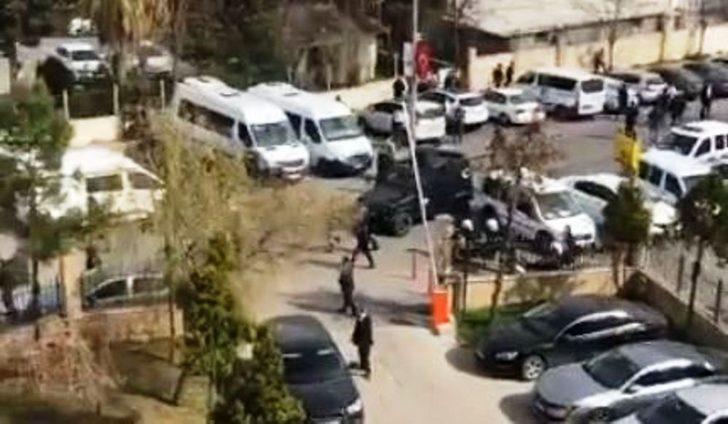 Şanlıurfa'da adliyede kavga kamerada: 10 gözaltı