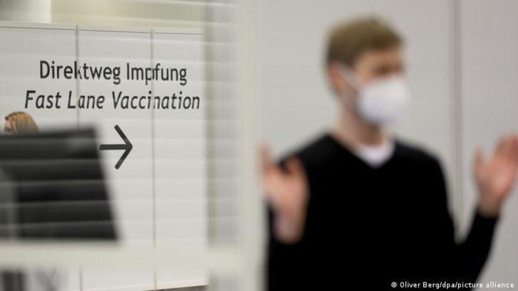 Almanya'da salgın yönetimi: Örnek öğrenciden sorunlu öğrenciye