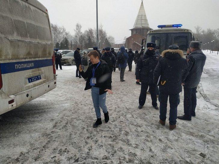 Rusya'da bağımsız milletvekili adaylarının toplantısına polis baskını: 170 gözaltı