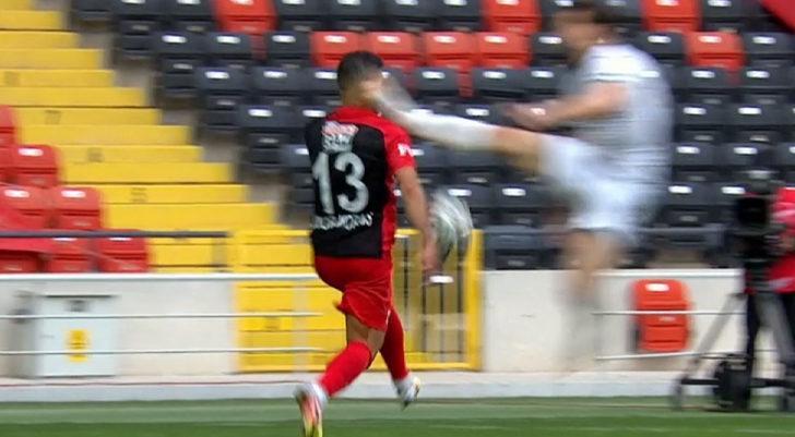 Özer Özdemir'den Junior Morais'e çok sert müdahale!