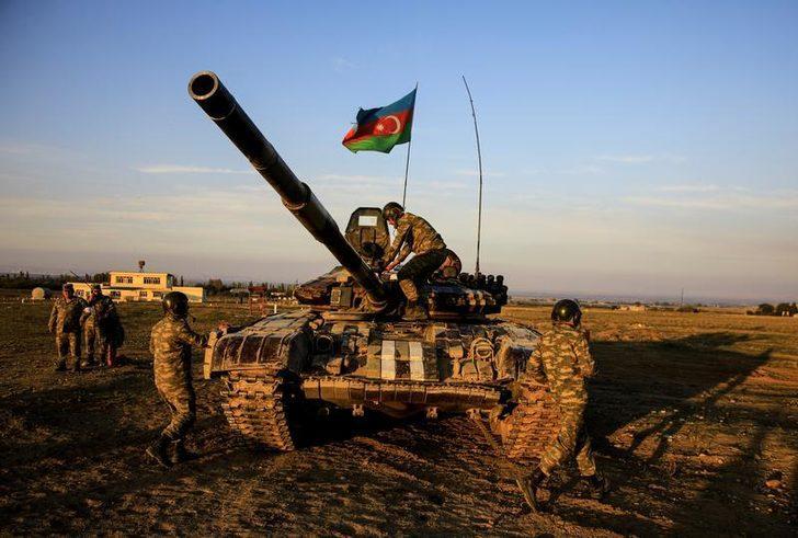 Azerbaycan ordusu tatbikata başladı