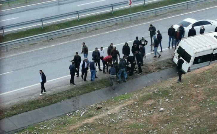Siirt'te minibüs ile motosiklet çarpıştı: 1 yaralı