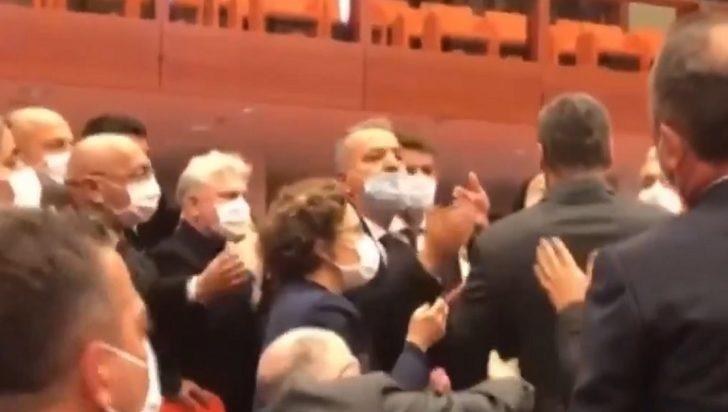 Meclis'te yüksek tansiyon! AK Parti'li Alpay Özalan Ömer Faruk Gergerlioğlu'nu Meclis'ten çıkarmaya çalıştı