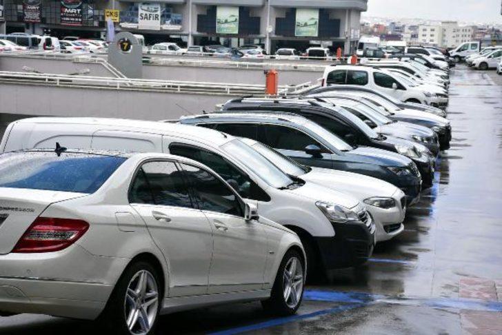 Otomotiv sektörü çip krizi ile boğuşurken Toyota satış rekoru kırdı!