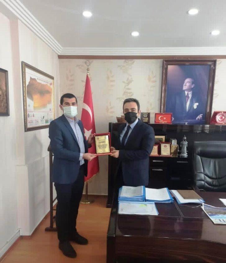 Sağlık-Sen Şırnak Şube Başkan Yardımcısı Yalçın, İdil Kaymamı Özsoy ile görüştü
