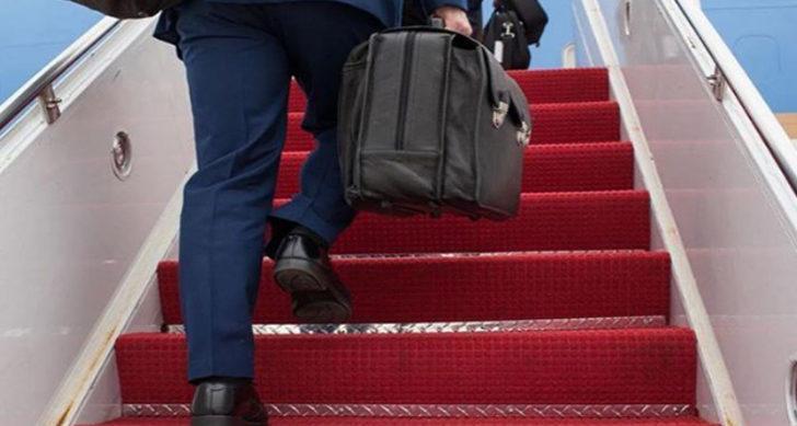 Peskov: Nükleer evrak çantası her zaman Putin'in yanında