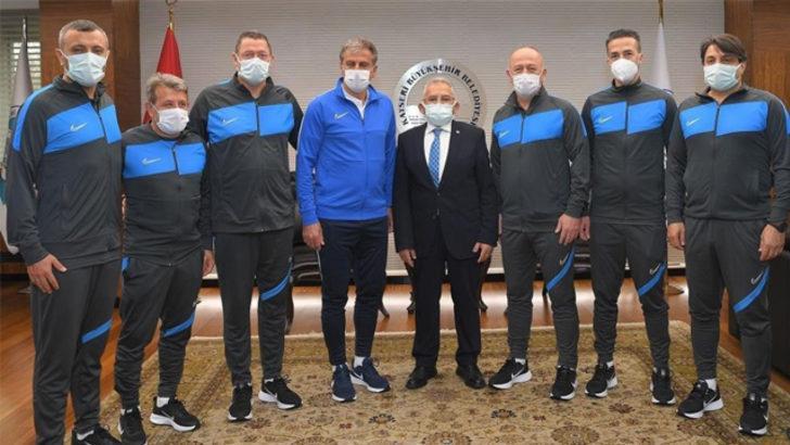 Hamza Hamzaoğlu'nun ekibi belli oldu