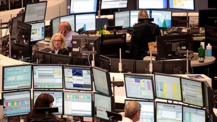 Küresel piyasalar yön arayışında, işte bugün takip edilecek veriler!