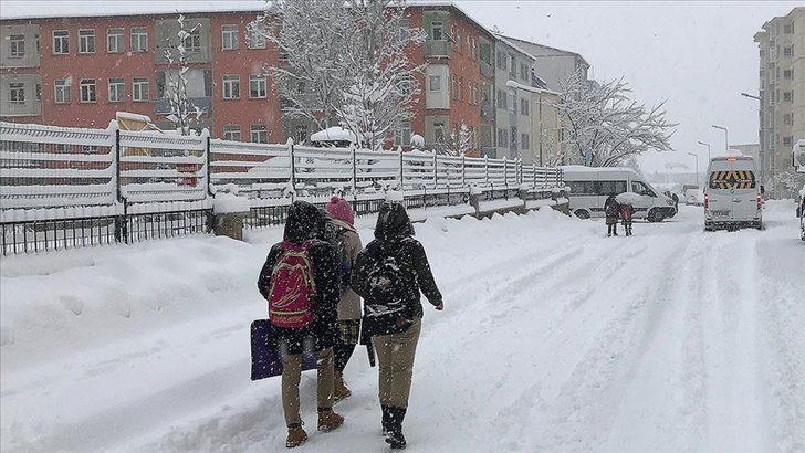 Son Dakika: Yüz yüze eğitime kar engeli! Hangi il ve ilçelerde eğitime ara verildi