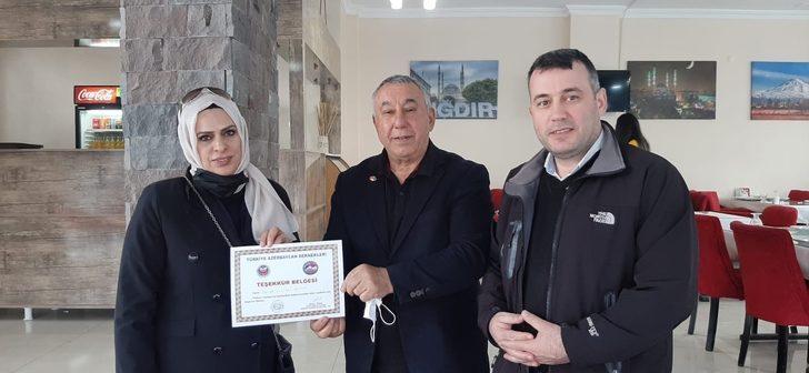Ünsal'dan Pusula Gazetesine teşekkür belgesi