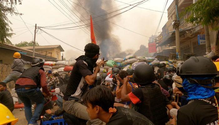 Myanmar'da iç savaşın ayak sesleri! Ölü sayısı 500'ü aştı