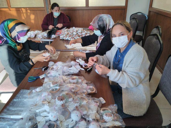 Amigurumi oyuncak yapan kadınlar ABD'ye sipariş hazırlıyor