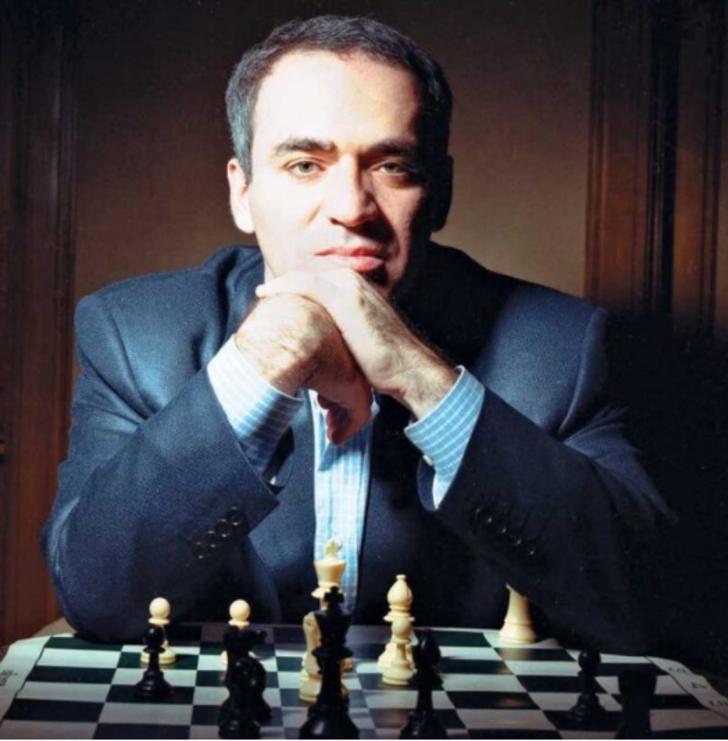 Dünya Satranç Şampiyonu ve tarihin en zeki insanlarından bir tanesi: Garri Kasparov