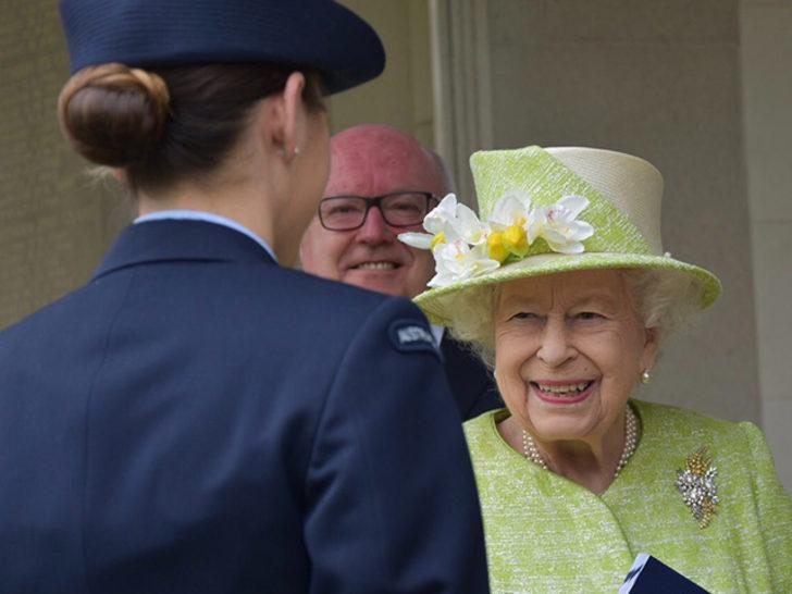 2'inci Kraliçe Elizabeth, Harry ve Meghan'ın ırkçılık suçlaması sonrası ilk kez görüldü