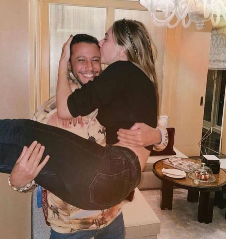 Mohammed Alsaloussi Şeyma Subaşı'nın ailesiyle tanıştı