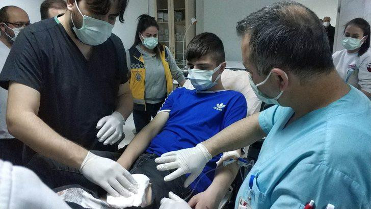 Samsun'da parkta bıçaklı saldırıya uğrayan 17 yaşındaki genç hastanelik oldu