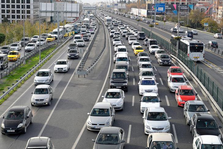 Araç sahipleri dikkat: Cezası bin 181 lira