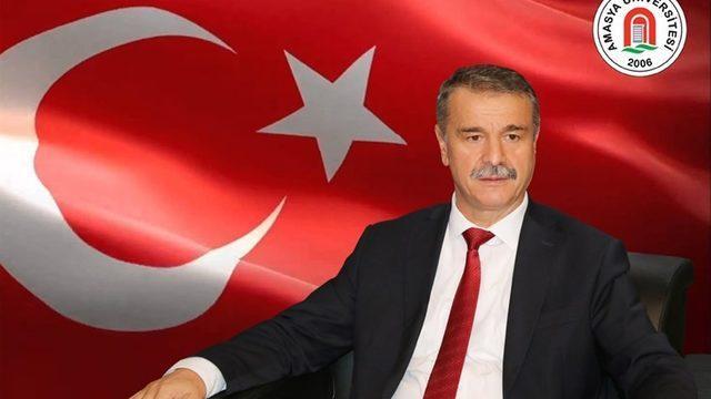 """Rektör Elmacı: """"Demokrasi, milli irade ve devletimizin her zaman yanındayız"""""""