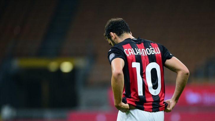 Milan ile anlaşamayan Hakan Çalhanoğlu'na Juventus talip oldu