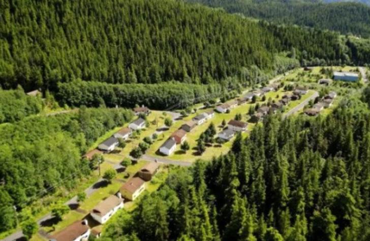 Kanada'nın hayalet kasabası olarak bilinen Kitsault turistlerin ilgi odağı oldu