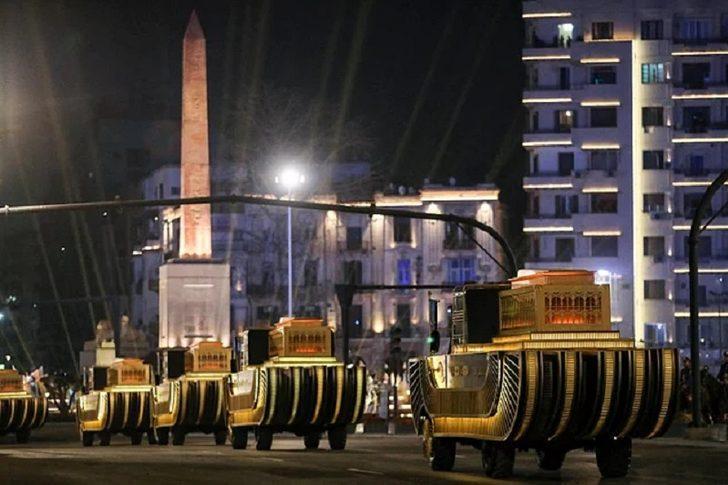 Mısır'da 'Firavunların Altın Geçidi' şovunun maliyeti: 10 milyon TL